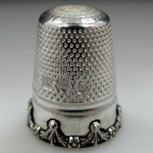 Other - Heavy Sterling Silver Floral Swags Size 6 Thimble